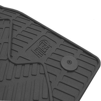 Črne gumijaste preproge za avto