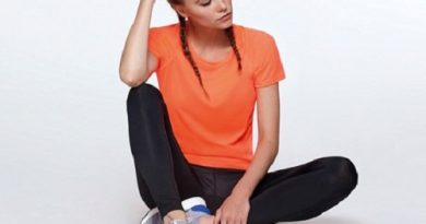 Športna oblačila: Ženska tehnična majica Roly BAHRAIN